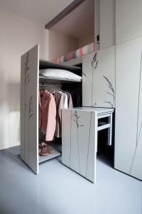 544efd8ce58ecef8130000d6_tiny-apartment-in-paris-kitoko-studio_img_94281